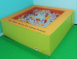 Bilde av Ballbasseng 200x300x70 cm